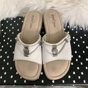 Minnetonka Leather Sandals Slides White Size 7